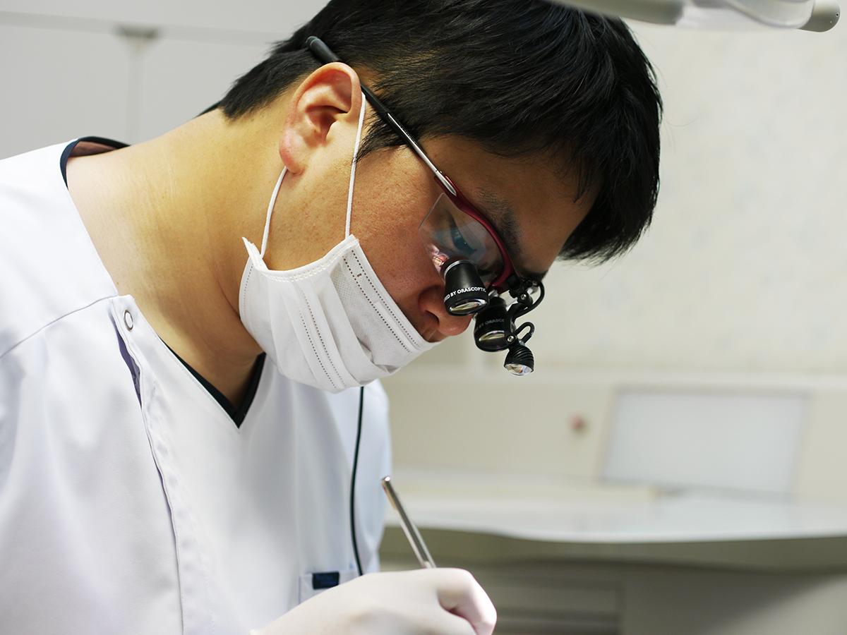 歯科医師 佐藤太一